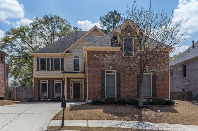 zercher-homes-2154-oakdale-estates-FrontOfHouse1